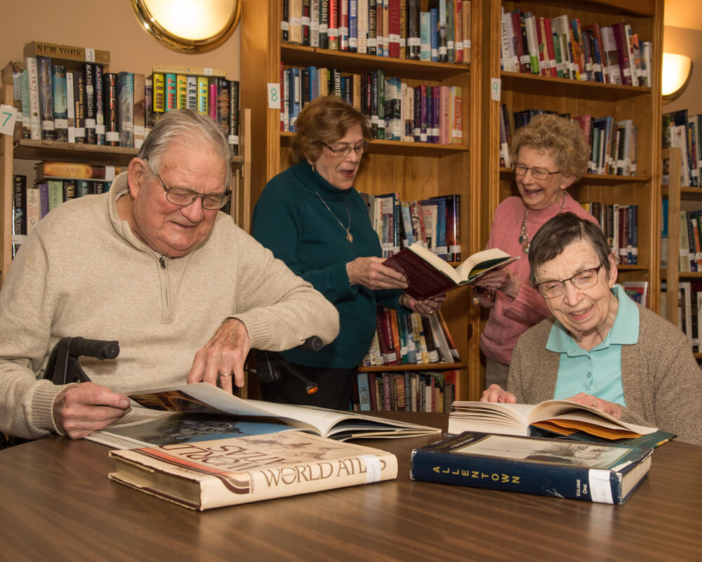 The-Helen-Elaine-Strauss-Memorial-Library